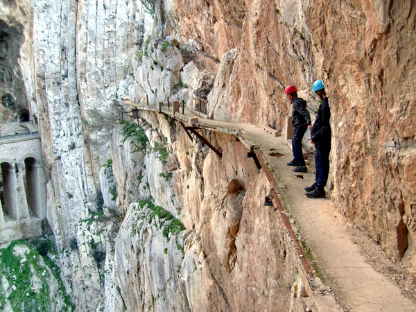 el caminito del rey in el chorro walking the walk